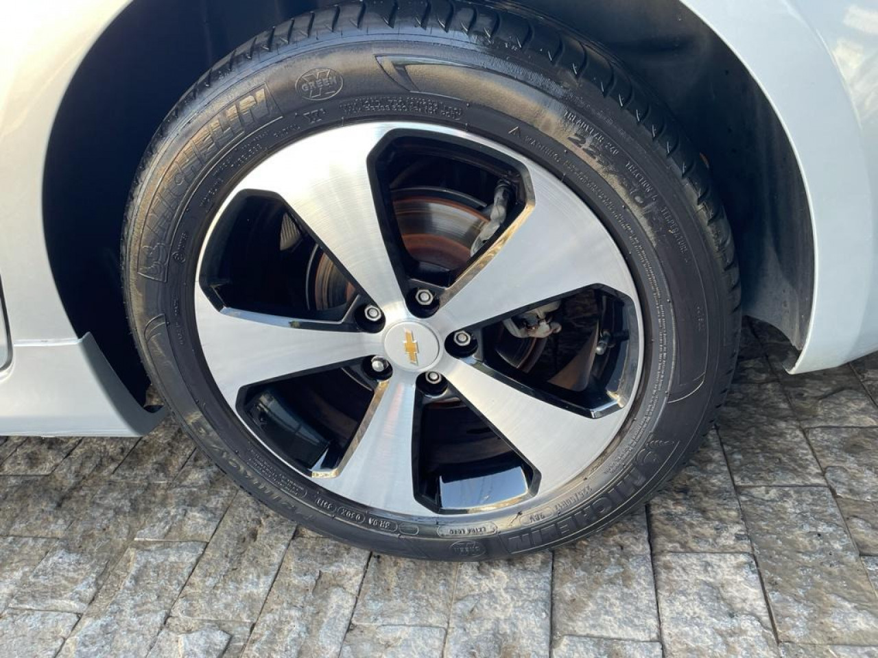 Cruze Hatch 1.8 16V 4P LT SPORT6 FLEX