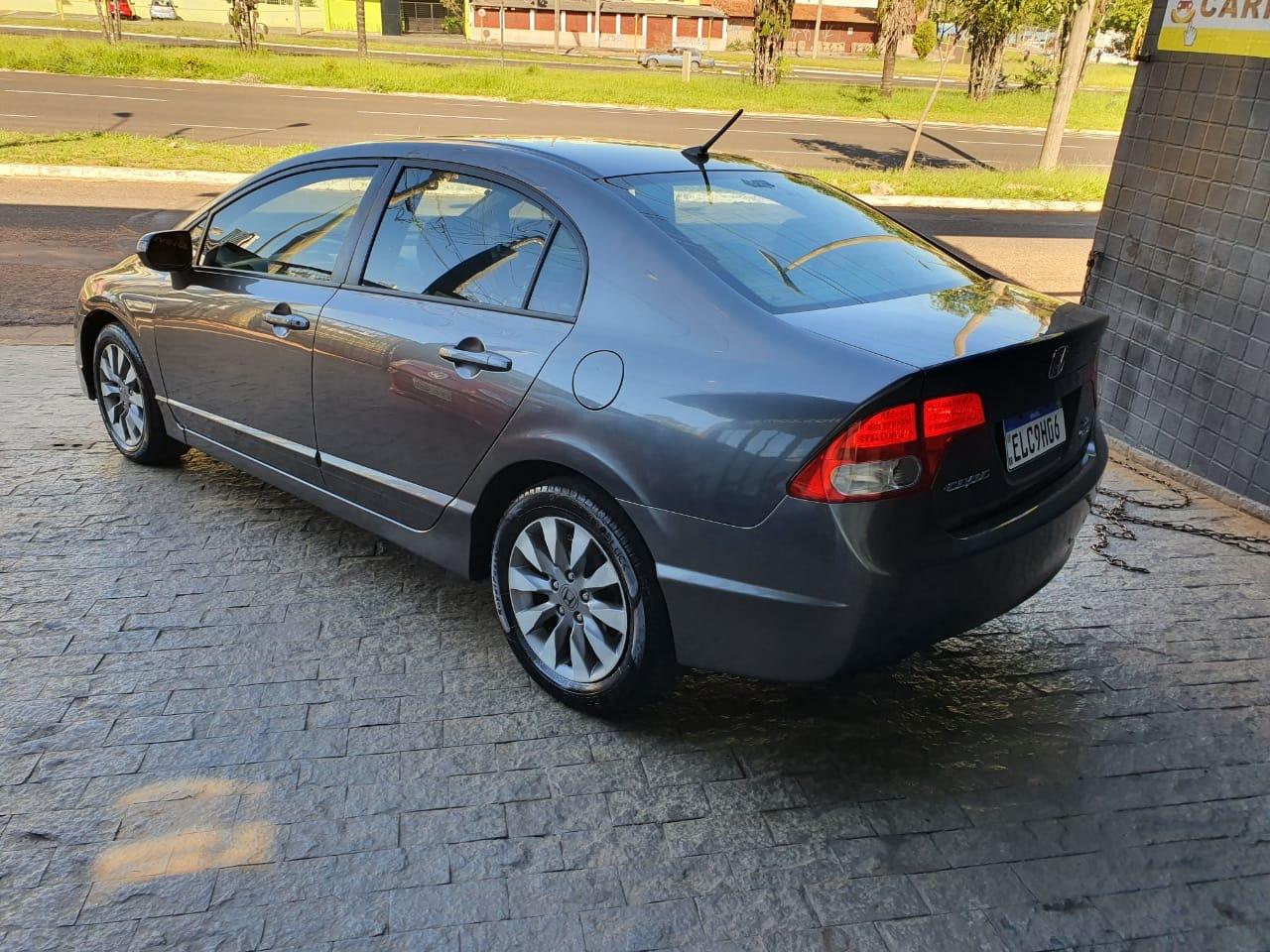 Civic 1.8 16V 4P FLEX LXS